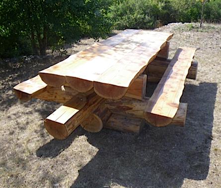 mobilier d 39 interieur et d 39 ext rieur r alis en bois massif. Black Bedroom Furniture Sets. Home Design Ideas